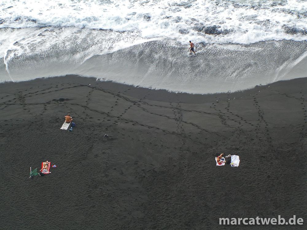 20090908-132745-teneriffa-schwarzer-sand