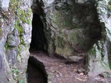 Levada durch die Höhle