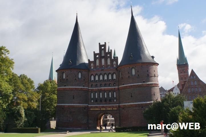 Das Holsten-Tor in Lübeck