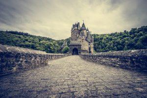 Fotostop an Burg Eltz und im Moseltal