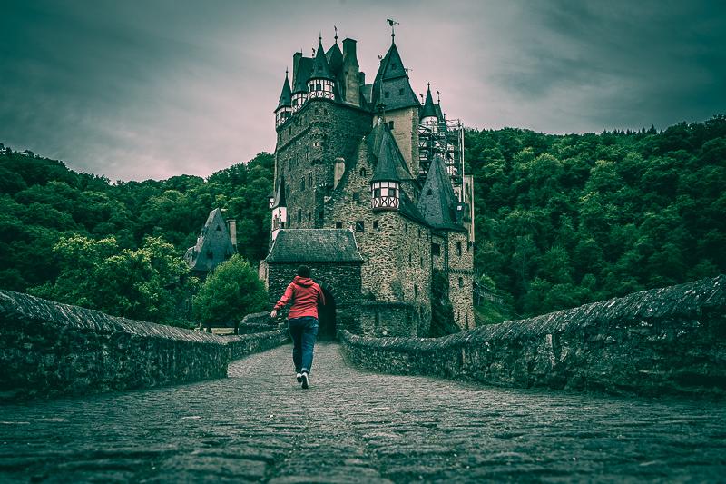 Portal der Burg Eltz